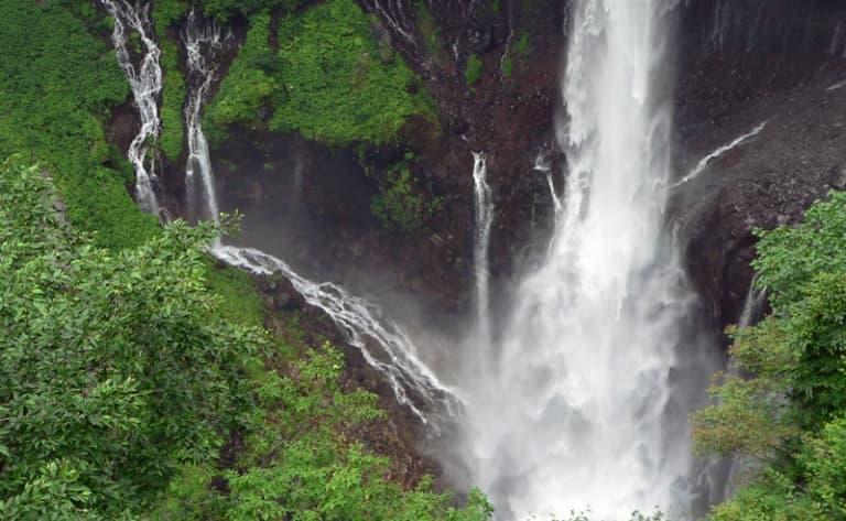 Admire the waterfalls near Mount Nantai