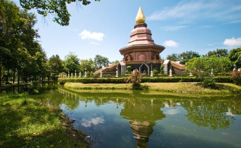 Moulmein, ville au charme colonial