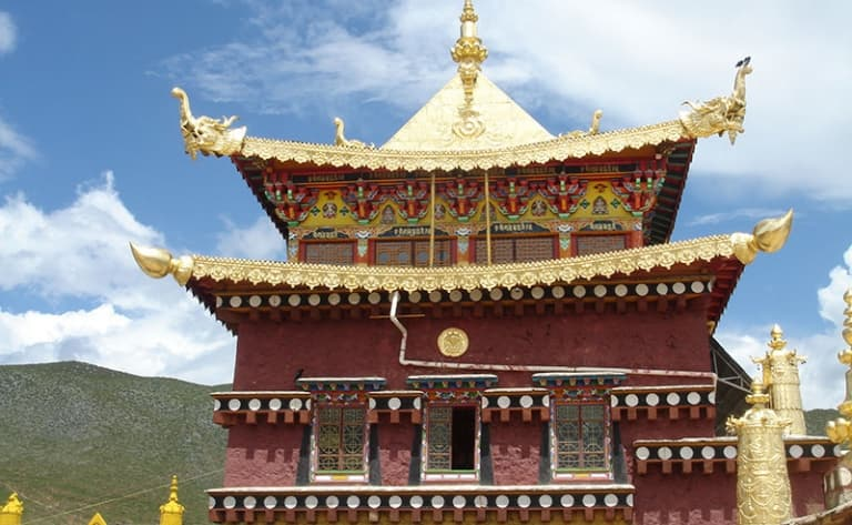Approche de la culture tibétaine : visite du temple Dabao Si, le Temple de Songzalin…