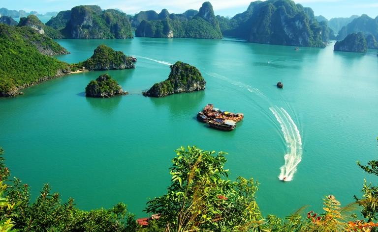 Suite de votre croisière en Baie d'Halong