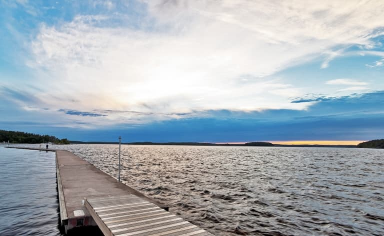 Sur les rives du lac Saimaa