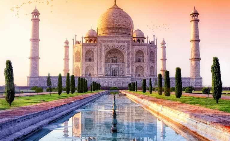 Joyaux blanc : le somptueux Taj Mahal