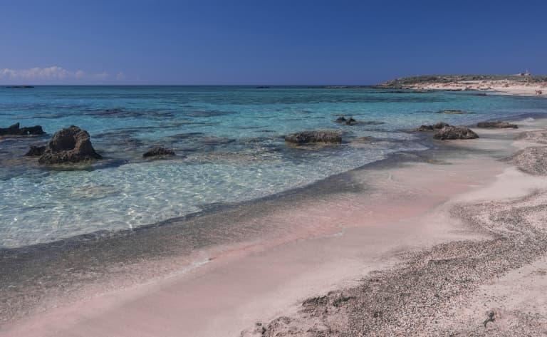 Plages de sable rose