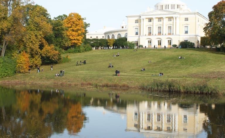 Des palaces et des jardins comme dans les romans de Tolstoï…