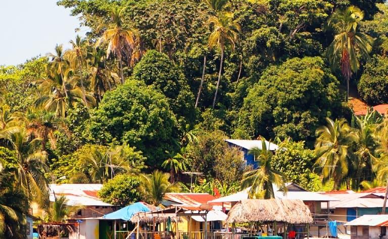 Sur la piste des Emberas du Rio Chagres