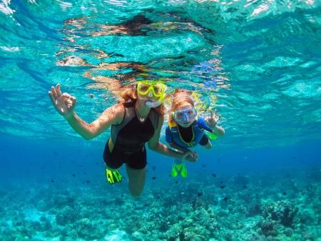 Sable blanc, lagon émeraude et eaux turquoise…