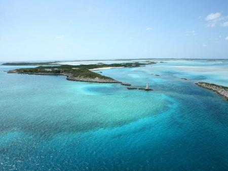 Direction l'île de Grand Bahama Island