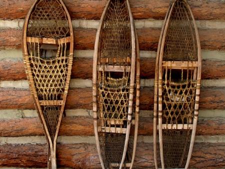Balade en raquettes traditionnelles en bois