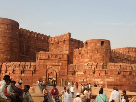 Visite des ruines du Palais de Basgo et du Temple d'Or et d'Argent