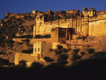 Le majestueux Fort d'Amber, la capitale de l'ancien empire Rajpoute