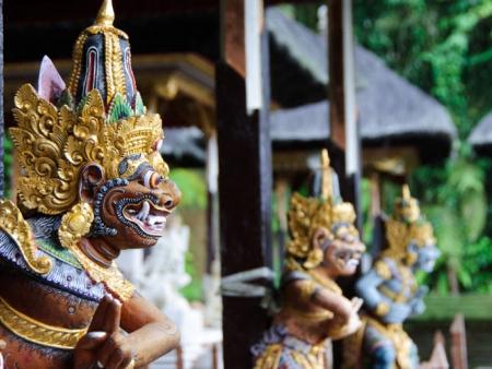 Escale à la ville de Klungkung, visite du temple de Goa Lawah