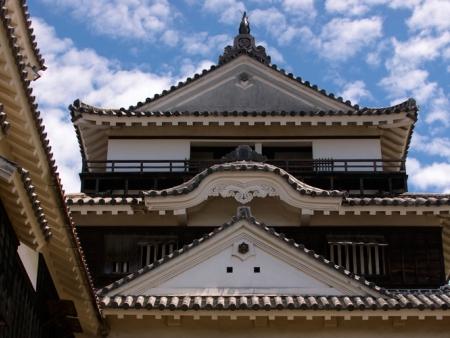 Stroll around Kanazawa Castle Park