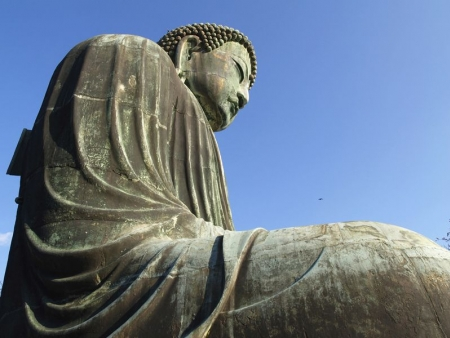Giant bronze statue of Buddha