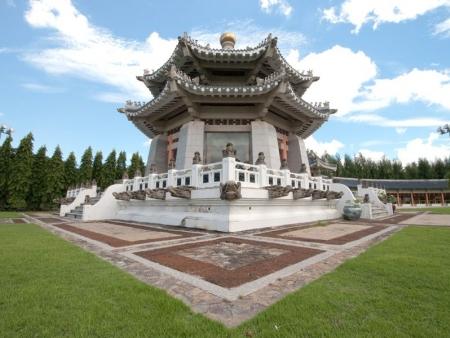 White Heron Castle, Kokuen garden, monuments in Hiroshima and Miyajima
