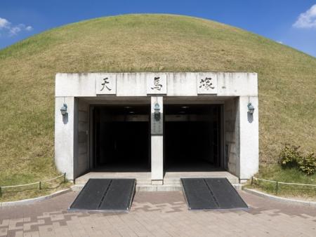 Temples et grottes