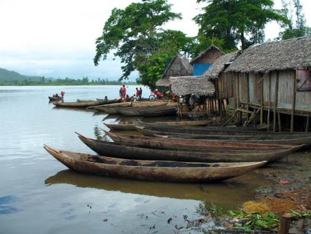 Pleine journée de navigation sur le canal des Pangalanes