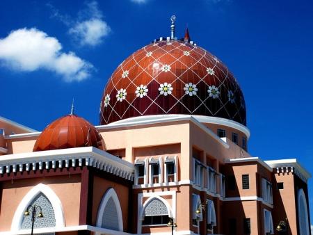 Arrivée à Bornéo et visite de Kota Kinabalu
