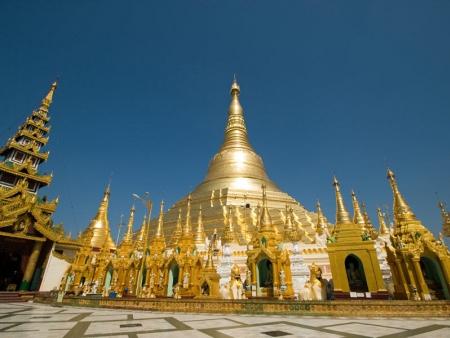 Départ de Birmanie