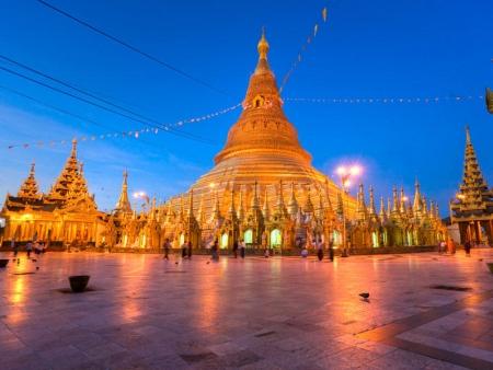 Yangon, haute en couleurs
