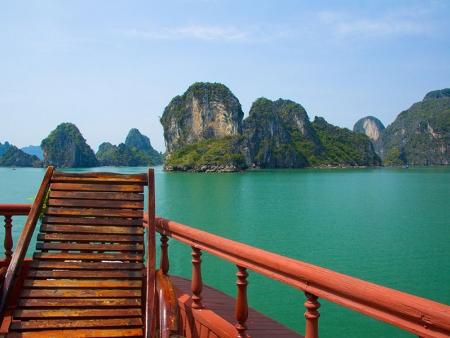 Croisière inoubliable sur la baie d'Halong