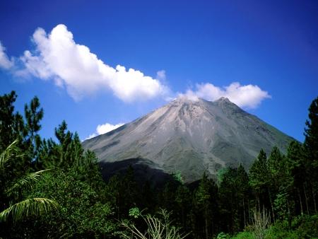 Au pied du Volcan Turrialba