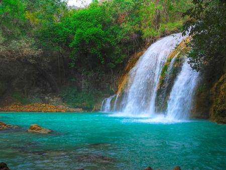 Des cascades d'eau cristalline…
