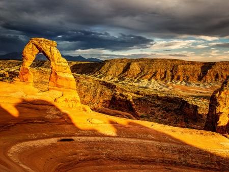 Arches naturelles près de Moab