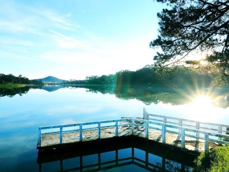 Croisière sur le lac Lak